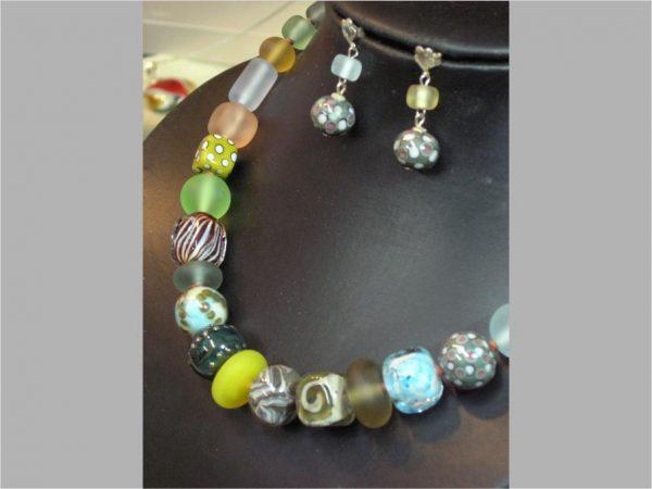 Collar ÚNICO , Perlas de Vidrio de Murano