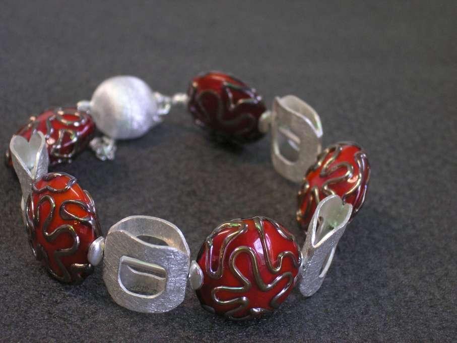 Pulsera BARROCO rojo, Perlas de Vidrio de Murano y Plata de Ley
