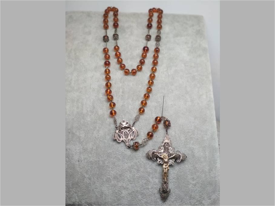 Restauración de un Rosario Antiguo